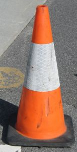1003305_warning_cone.jpg