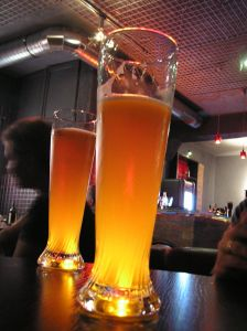 1171697_a_beer_in_a_pub.jpg