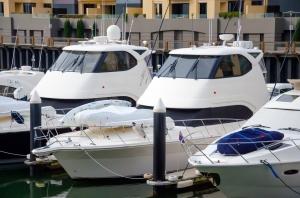1390456_yachts_in_the_marina_.jpg