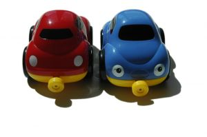 812365_red_and_blue_cars_2.jpg