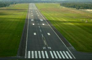 871885_airstrip.jpg