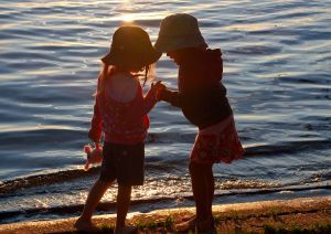 littlegirlsatshore.jpg