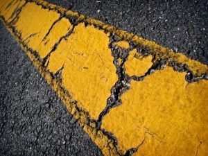 cracked yellow line