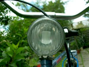 bicycle-lamp-1480863-300x225